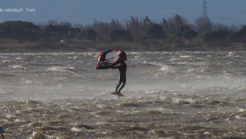 Wind report Le Barcarès - Cap Coudalère  - France (66) 2020-12-26 17:00:00
