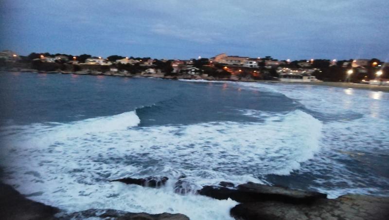 Surf report Plage du Verdon - France (13) 2021-02-01 07:00:00