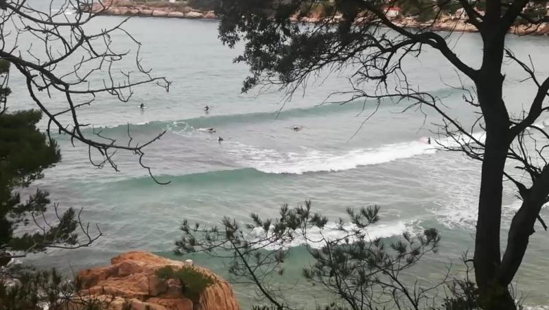 Surf report Plage du Verdon - France (13) 2021-02-07 10:00:00