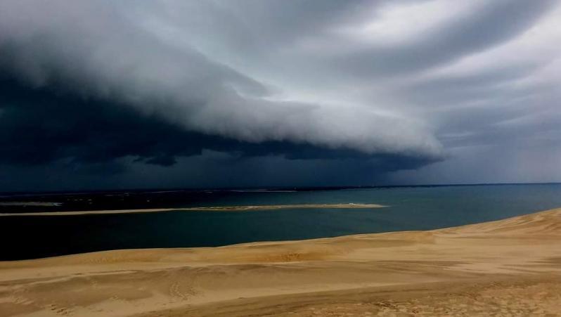 Wind report Taussat - Plage du Port - France (33) 2021-05-09 16:00:00