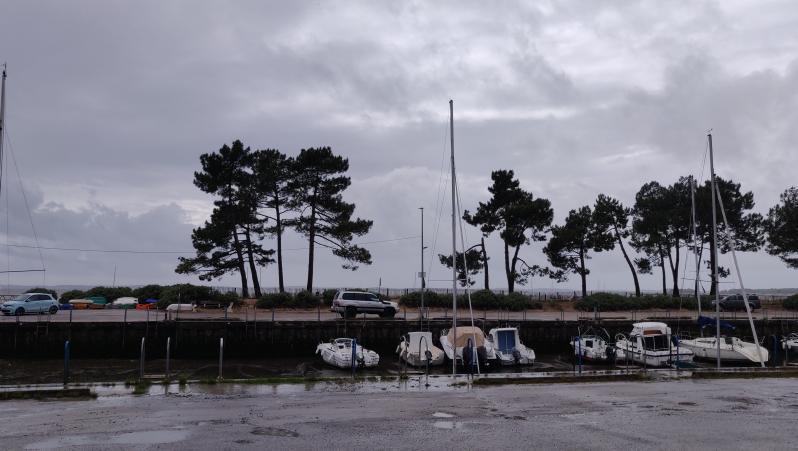Wind report Andernos - Le Betey - France (33) 2021-05-21 15:00:00