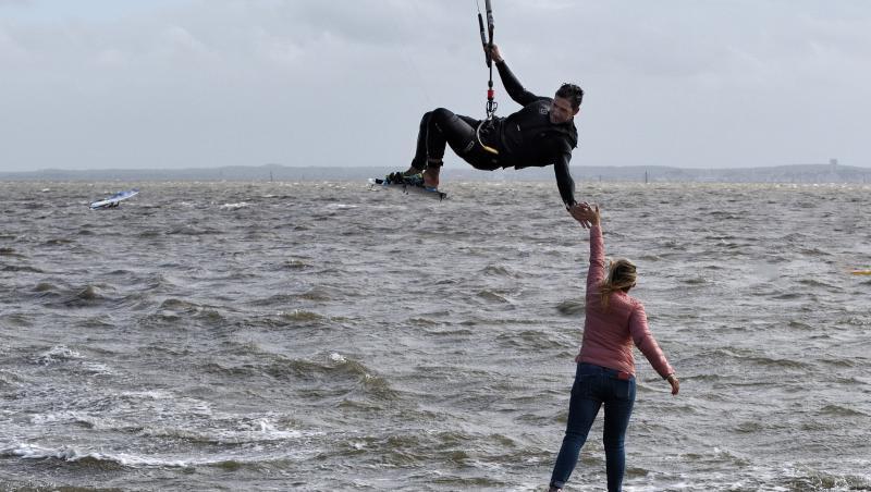 Wind report Andernos - Le Betey - France (33) 2021-05-24 15:00:00