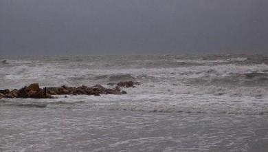 Surf report FR, Palavas-les-Flots - Rive Droite (34) du 2007-12-22 12:00:00