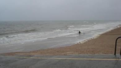 Surf report FR, Le Menhir (14) du 2008-06-03 12:00:00