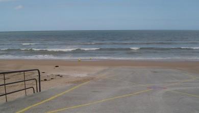 Surf report FR, Le Menhir (14) du 2008-06-19 12:00:00