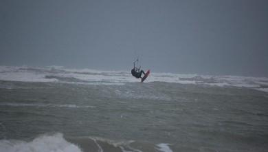 Wind report FR, Les Huttes - Trois Pierres (17) du 2008-03-16 09:00:00