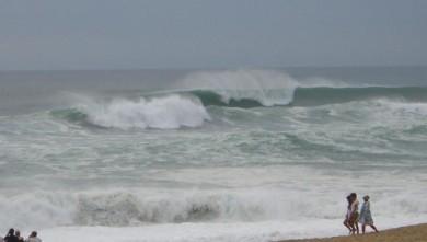 Surf report FR, Hossegor - La Gravière (40) du 2008-08-11 13:00:00