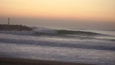 Surf report FR, Anglet La Barre (64) du 2008-10-25 17:00:00