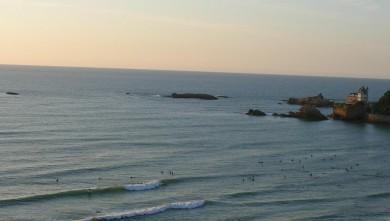 Surf report FR, Côte des Basques (64) du 2008-08-17 12:00:00