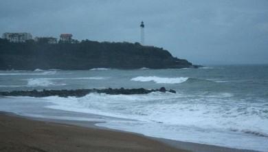 Surf report FR, Anglet VVF (64) du 2008-11-19 12:00:00