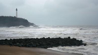 Surf report FR, Anglet VVF (64) du 2008-11-25 12:00:00