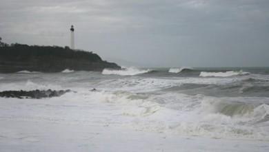 Surf report FR, Anglet VVF (64) du 2008-03-12 12:00:00