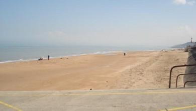 Surf report FR, Le Menhir (14) du 2008-04-10 12:00:00