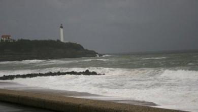 Surf report FR, Anglet VVF (64) du 2008-04-12 12:00:00
