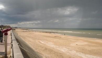 Surf report FR, Le Menhir (14) du 2008-04-13 12:00:00