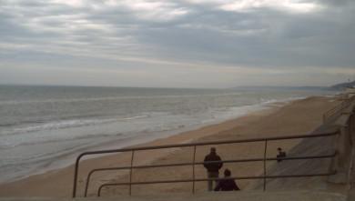 Surf report FR, Le Menhir (14) du 2008-04-20 12:00:00