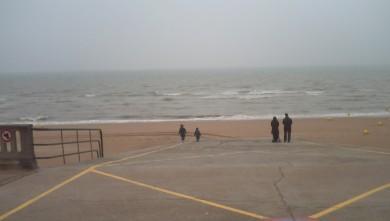 Surf report FR, Le Menhir (14) du 2008-04-22 12:00:00