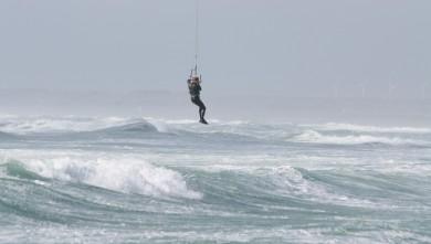 Surf report FR, La Torche (29) du 2008-04-29 12:00:00
