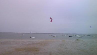 Wind report FR, Arcachon - Les Arbousiers (33) du 2009-06-10 13:00:00