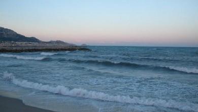 Surf report FR, Le Prado (13) du 2009-06-20 06:00:00