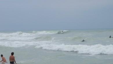 wave report FR, Lacanau Océan - La Nord (33) du 2009-08-08 14:00:00