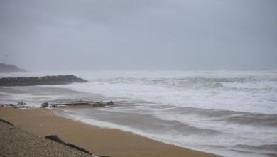 Surf report FR, Anglet Sables d'Or (64) du 2009-01-24 12:00:00