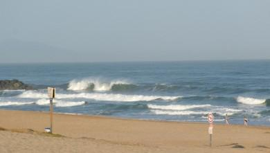 Surf report FR, Anglet Sables d'Or (64) du 2009-07-16 12:00:00