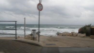 wave report FR, Sausset les Pins - Plage du Port (13) du 2009-11-22 08:00:00