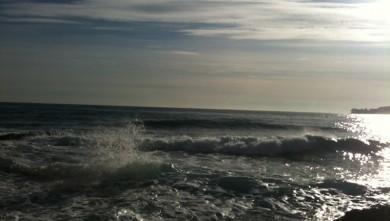 Surf report FR, Villefranche - Plage Marinières (06) du 2009-12-15 12:33:00