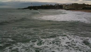 Surf report FR, Biarritz - Grande Plage (64) du 2009-12-28 11:00:00