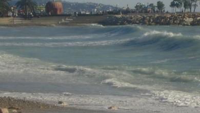 Surf report FR, Menton - Plage Rondelli (06) du 2010-01-02 10:00:00