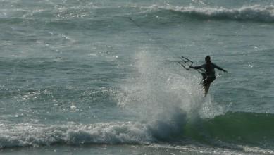 Wind report FR, Mimizan - Plage Garluche (40) du 2010-06-22 19:00:00