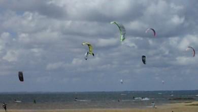 wind report FR, La Hume (33) du 2010-07-23 13:00:00