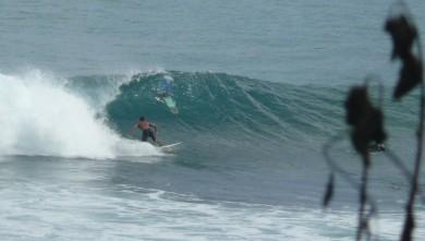 Surf report ID, Uluwatu (ID) du 2010-08-04 07:00:00