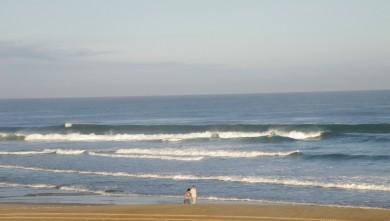 Surf report FR, Vieux Boucau (40) du 2010-08-08 09:00:00