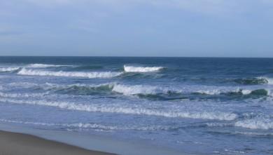 Surf report FR, Lacanau Océan - La Nord (33) du 2010-02-22 09:45:00