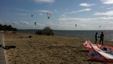 Surf report FR, Hourtin port (33) du 2010-04-04 16:41:00