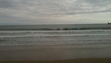Surf report FR, Les Sables-d'Olonne - Grande Plage (85) du 2010-04-30 19:11:00