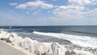 wave report FR, Sausset les Pins - Plage du Port (13) du 2010-05-15 16:00:00