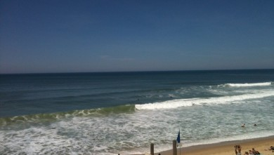 Surf report FR, Lacanau Océan - La Nord (33) du 2010-05-22 13:12:00