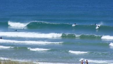 Surf report FR, Lacanau Océan - La Nord (33) du 2010-06-25 12:30:00