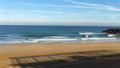 Surf report FR, Anglet Surf Club (64) du 2010-08-10 09:00:00