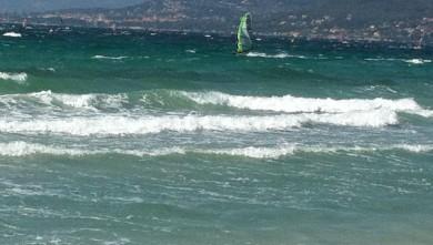 wave report FR, La Madrague (83) du 2010-08-17 15:00:00