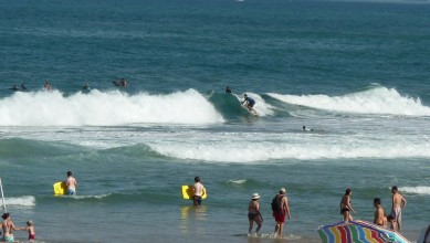 Surf report FR, Biarritz - Grande Plage (64) du 2010-08-26 10:35:00