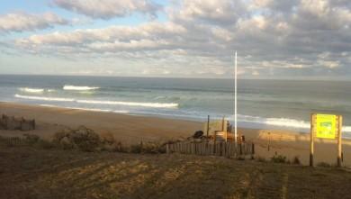 Surf report FR, Lacanau Océan - La Nord (33) du 2010-08-27 08:00:00