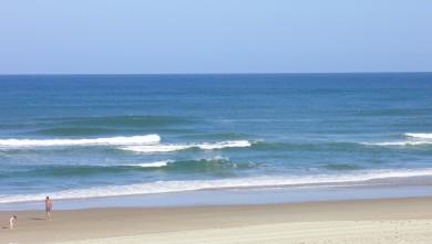 Surf report FR, Vieux Boucau (40) du 2011-08-10 10:00:00