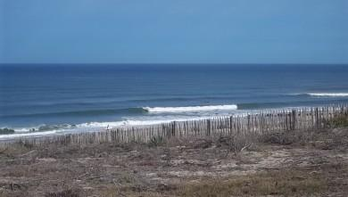 Surf report FR, Lacanau Océan - La Nord (33) du 2011-08-17 09:45:00