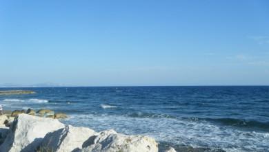 wave report FR, Sausset les Pins - Plage du Port (13) du 2011-09-01 18:20:00