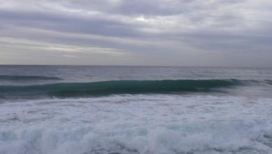 Surf report FR, Sausset les Pins - Plage du Port (13) du 2011-11-22 09:15:00