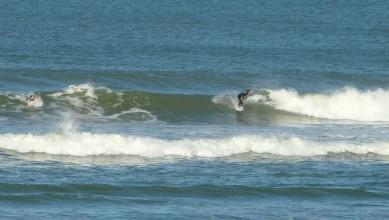 Surf report FR, Lacanau Océan - La Nord (33) du 2011-10-14 10:00:00